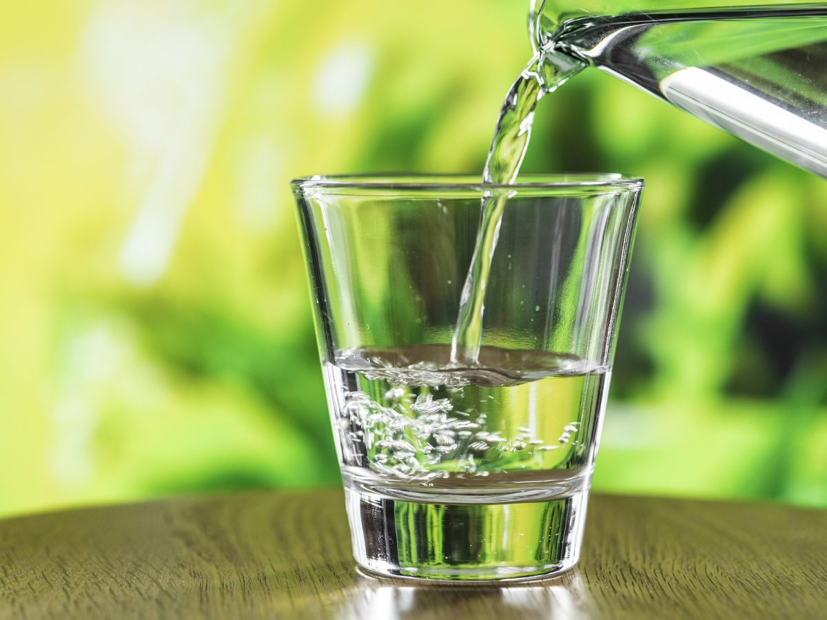 10 Great Reasons to Drink More Water